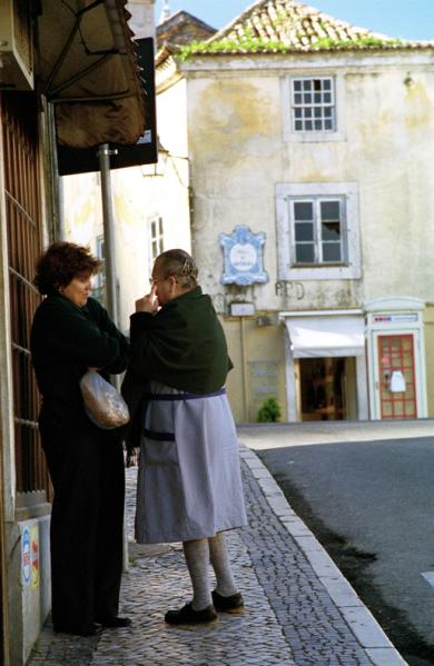 The other day I saw our neighbour in a very cozy chat with her best friend's husband....Cintra, Portugal